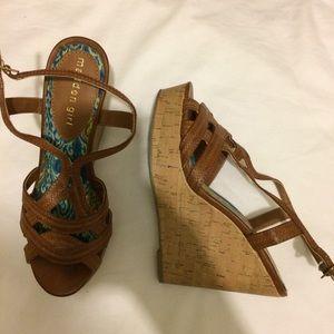 Madden Girl Wedge Heels Sz 6.5 M